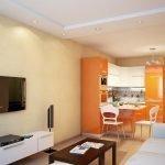 Оранжевая мебель на кухне