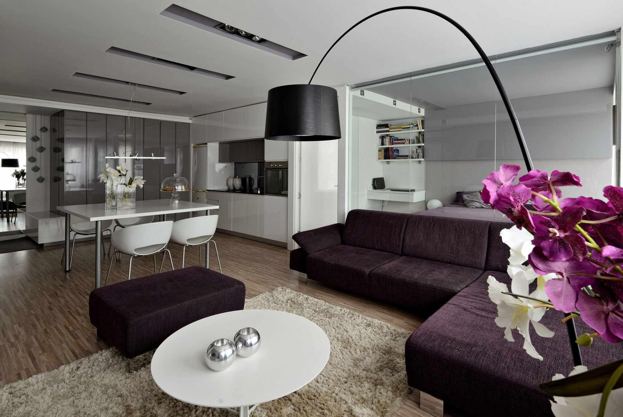 Фиолетовая мебель в интерьере квартиры