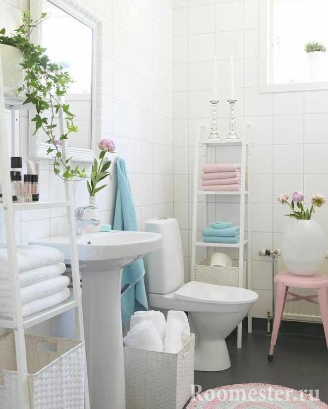 Белый туалет