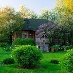 Ландшафтный дизайн участка в русском стиле