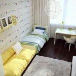 Желтый диванчик в интерьере