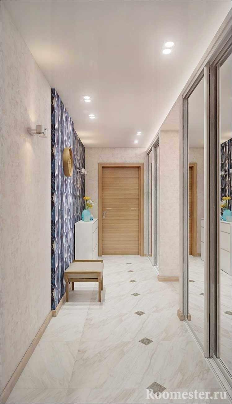 Встроенные в нишу шкафы-купе в коридоре