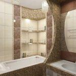 Дизайн узкой ванной комнаты с большим зеркалом