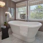 Двойное окно в ванной