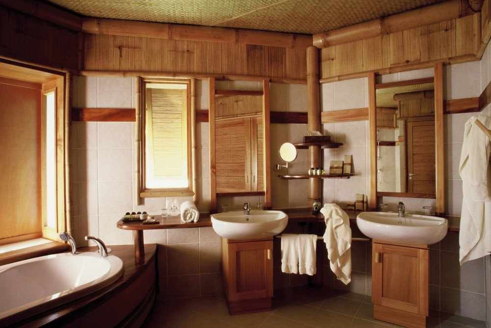 Коммуникации в ванной в деревянном доме