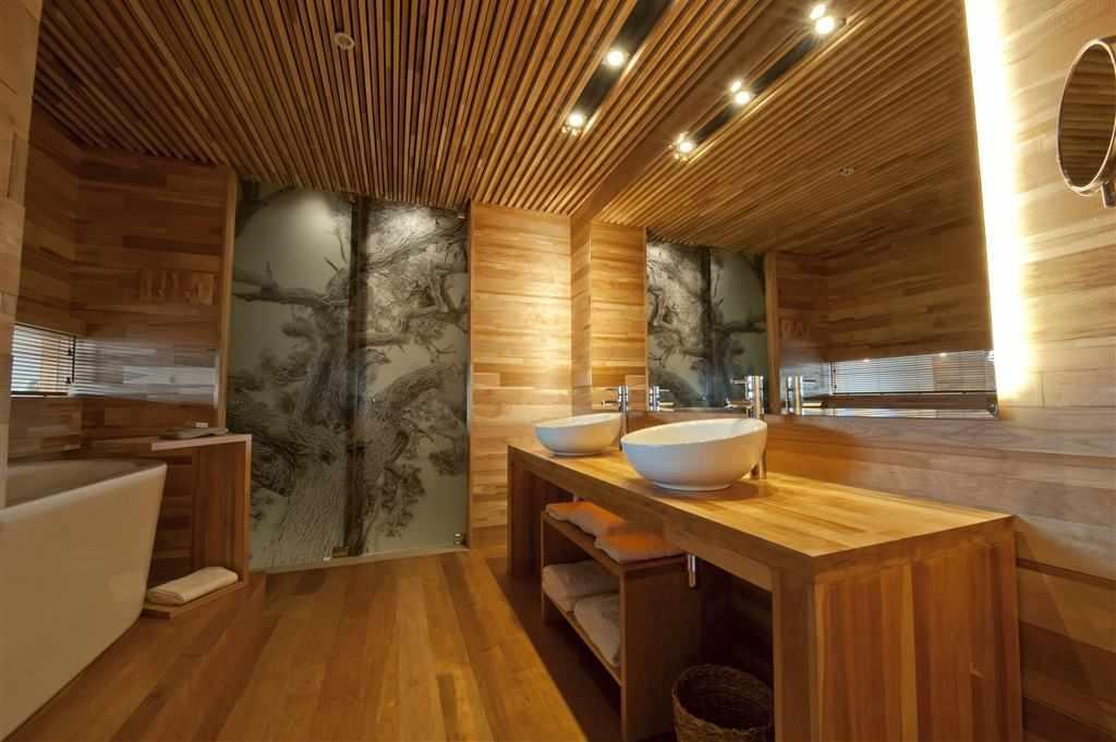 Освещение ванной в деревянном доме