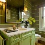 Сочетание светло-зеленого и серого в дизайне ванной