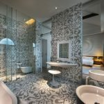 Стекло в дизайне ванной