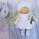 Фонарь и кукла