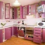 Уютная фиолетовая кухня
