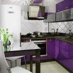 Г-образная фиолетовая кухня