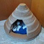 Домик из гофробумаги для кошки