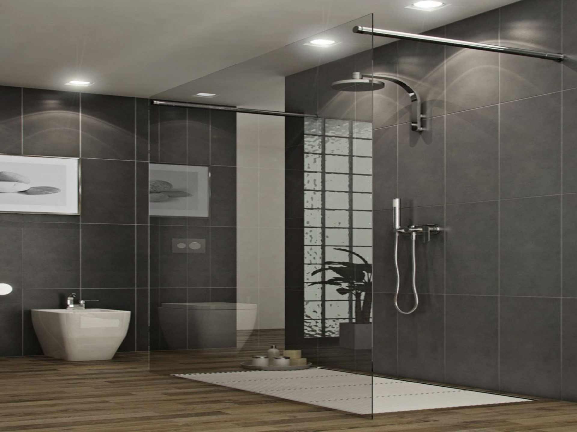 Большая ванная комната с черными стенами и бежевым полом