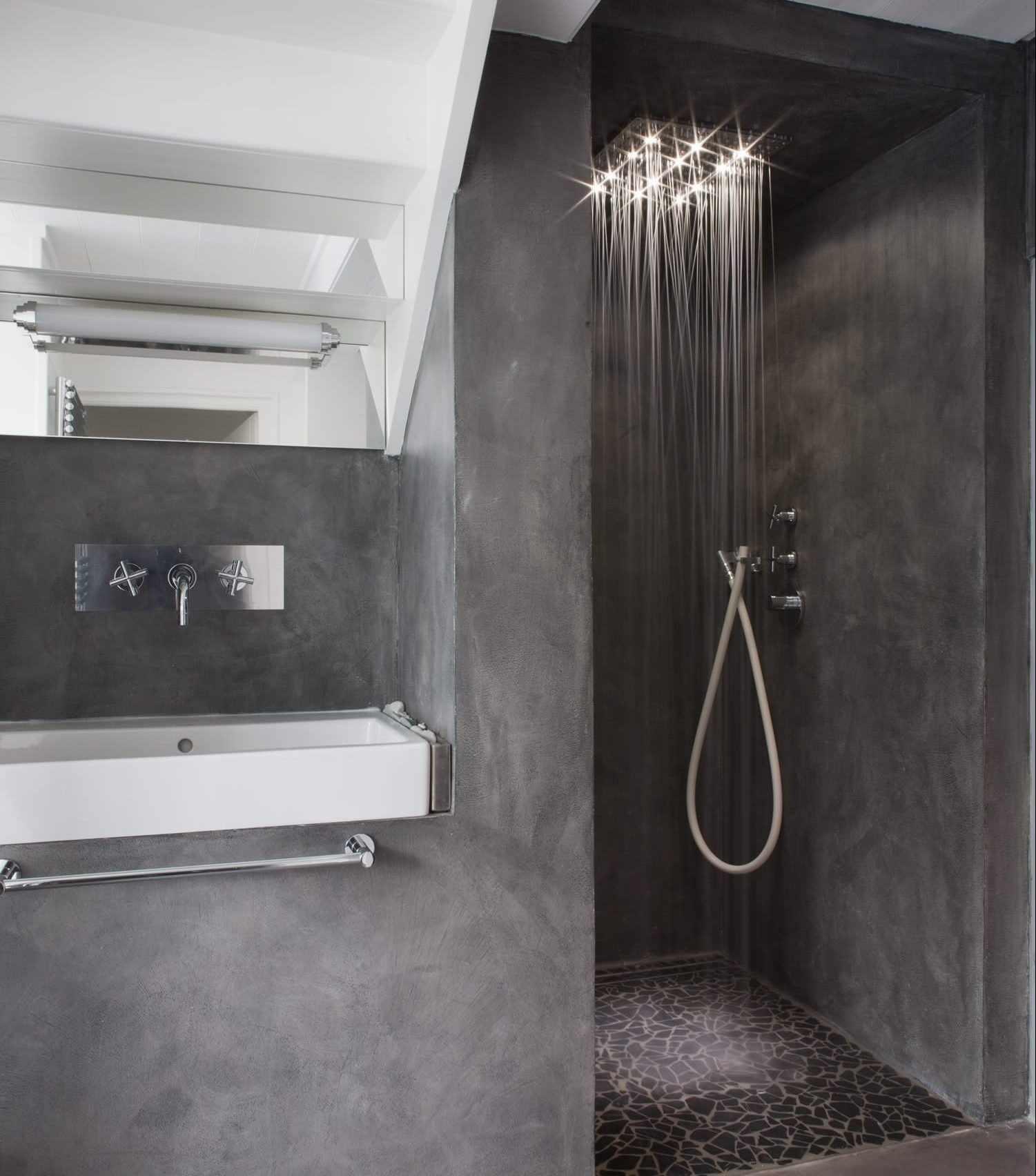 Оттенки черного в оформлении ванной