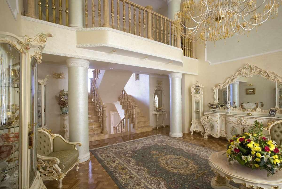 Интерьер в дворцовом стиле