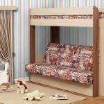 Двухъярусная кровать с диваном на первом этаже