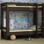 Коричневая двухэтажная кровать