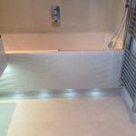Подсветка под ванной
