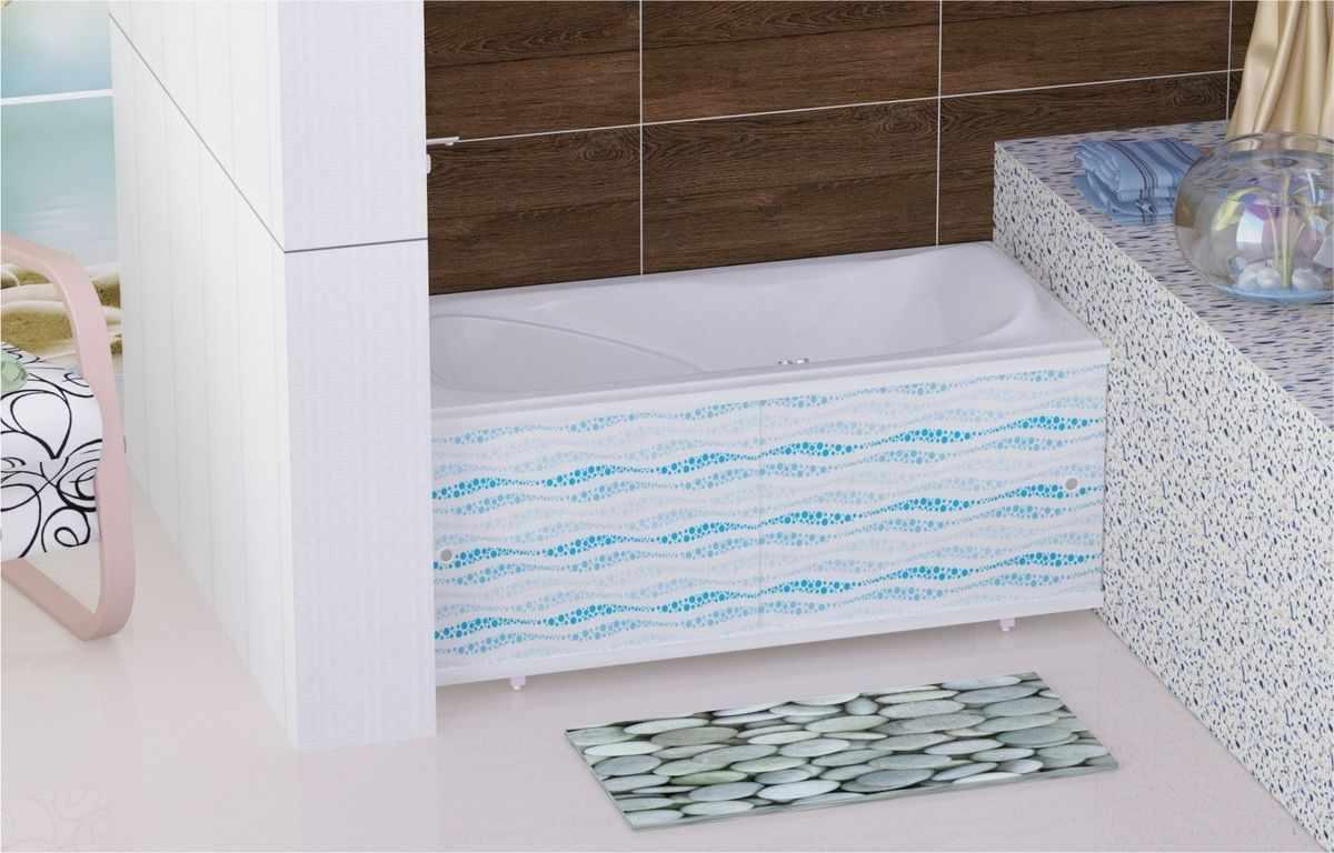 Ванна с экраном из пластиковых панелей