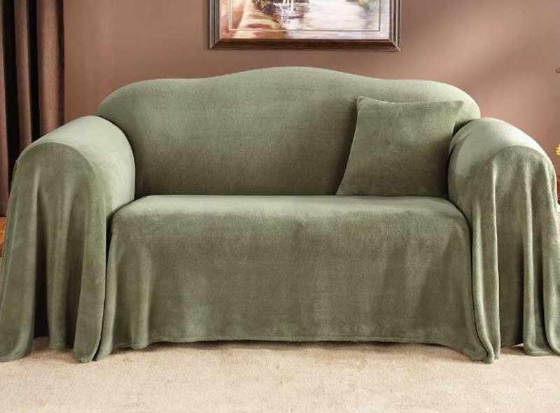 Использование еврочехла на диване в интерьере