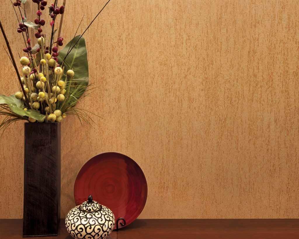 Краска с текстурой на стене