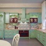Плитка на кухне в стиле печворк