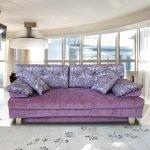 Нежно-сиреневый диван
