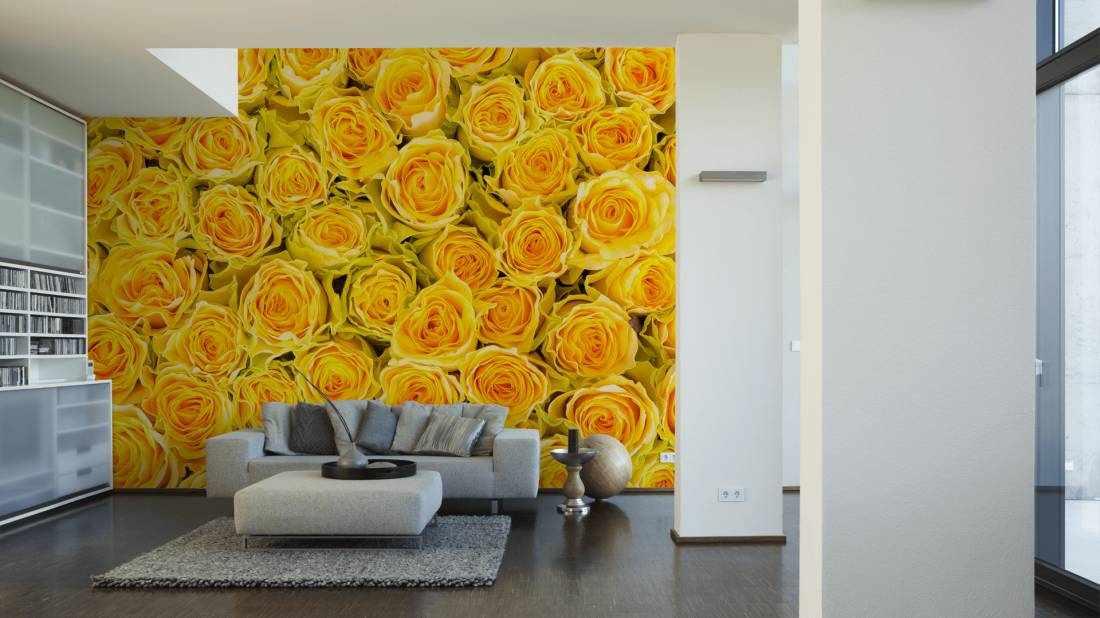 Желтые розы в интерьере