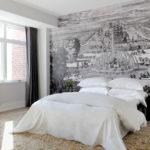 Темные шторы в белой спальне
