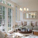 Оформление комнаты в нежных тонах во французском стиле