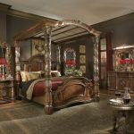 Королевская кровать для спальни во французском стиле