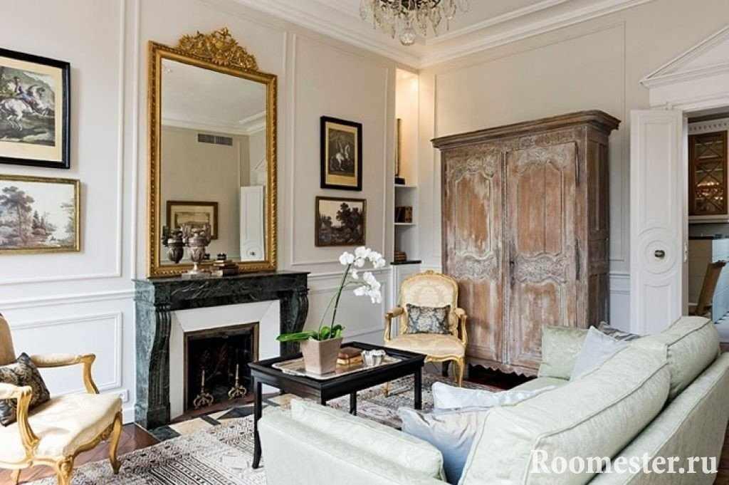 Сочетание контрастных деталей в интерьере французского стиля