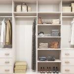 Линейная планировка гардероба