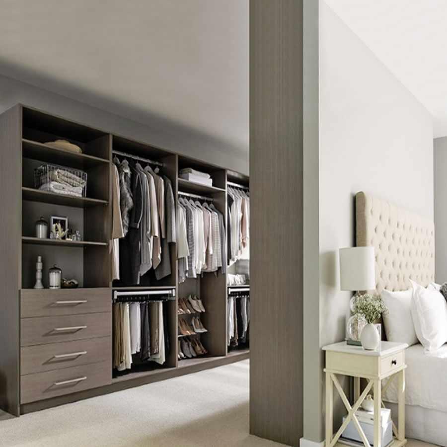Перегородка из гипсокартона между гардеробной и спальней