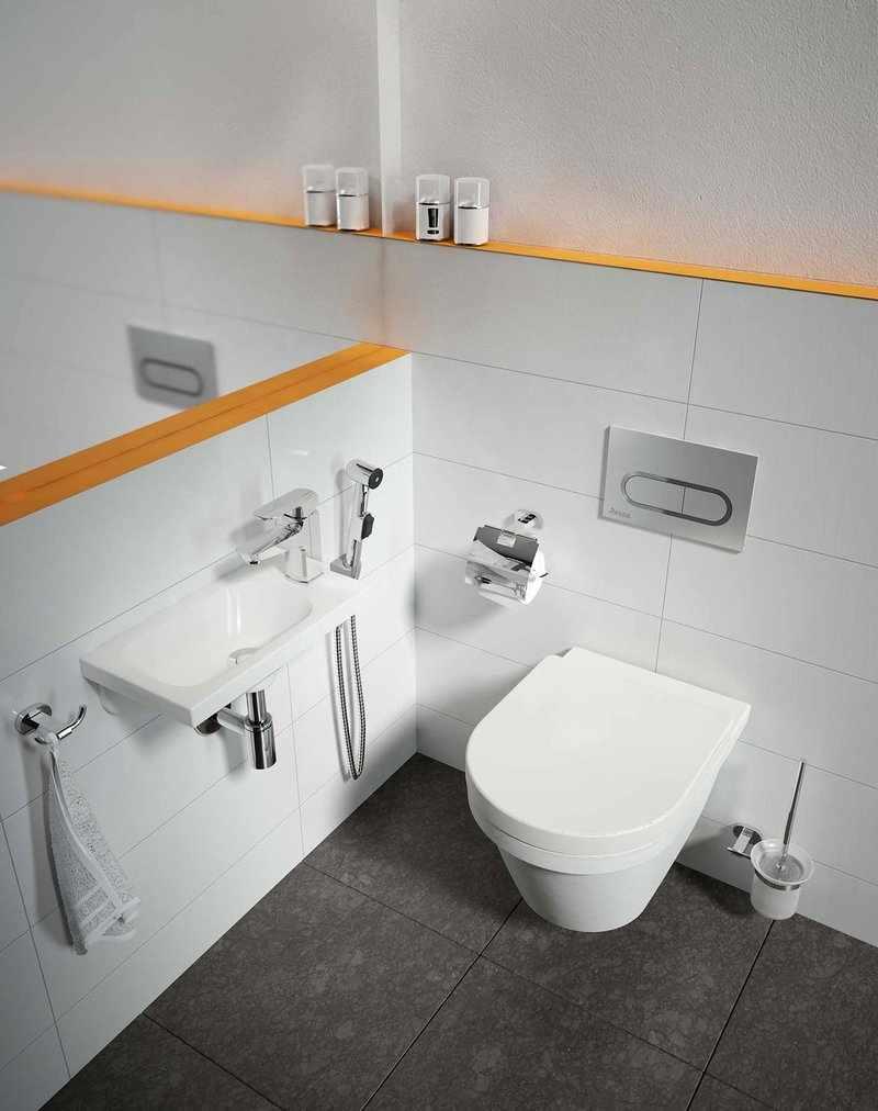 Гигиенический душ в ванной