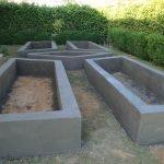 Изготовление грядок из бетона: шаг 4