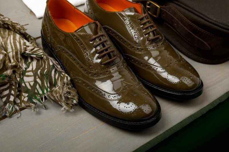 Лаковая обувь