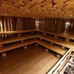 Потолок из спилов