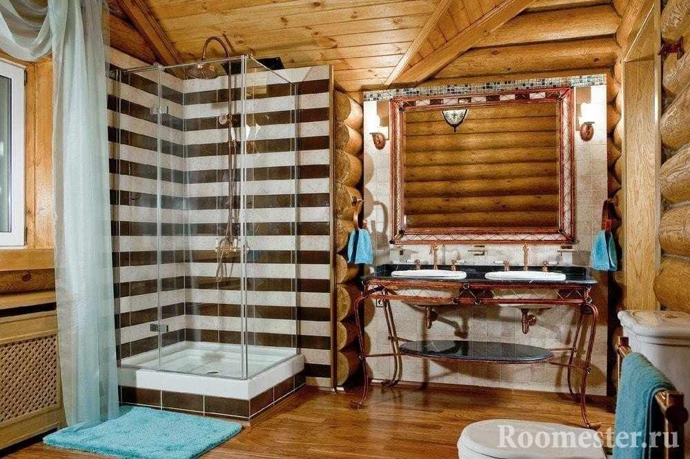 Ванная комната в бревенчатом доме
