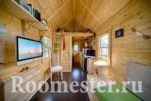 Крошечный деревянный дом