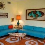 Голубые диваны в гостиной