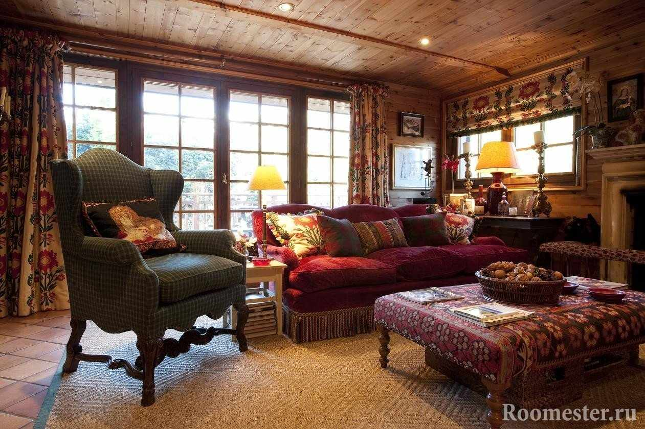 Интерьер гостиной в стиле шале