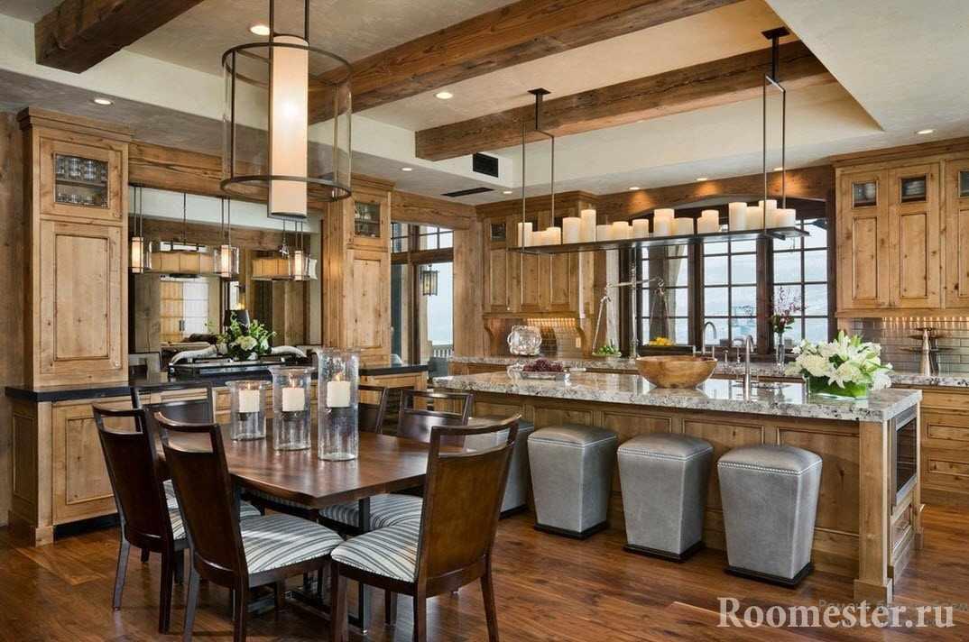 Интерьер кухни-столовой в стиле шале
