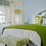 Подростковая спальня в зеленых тонах