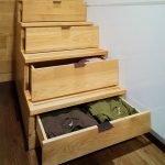 Хранение вещей в лестнице