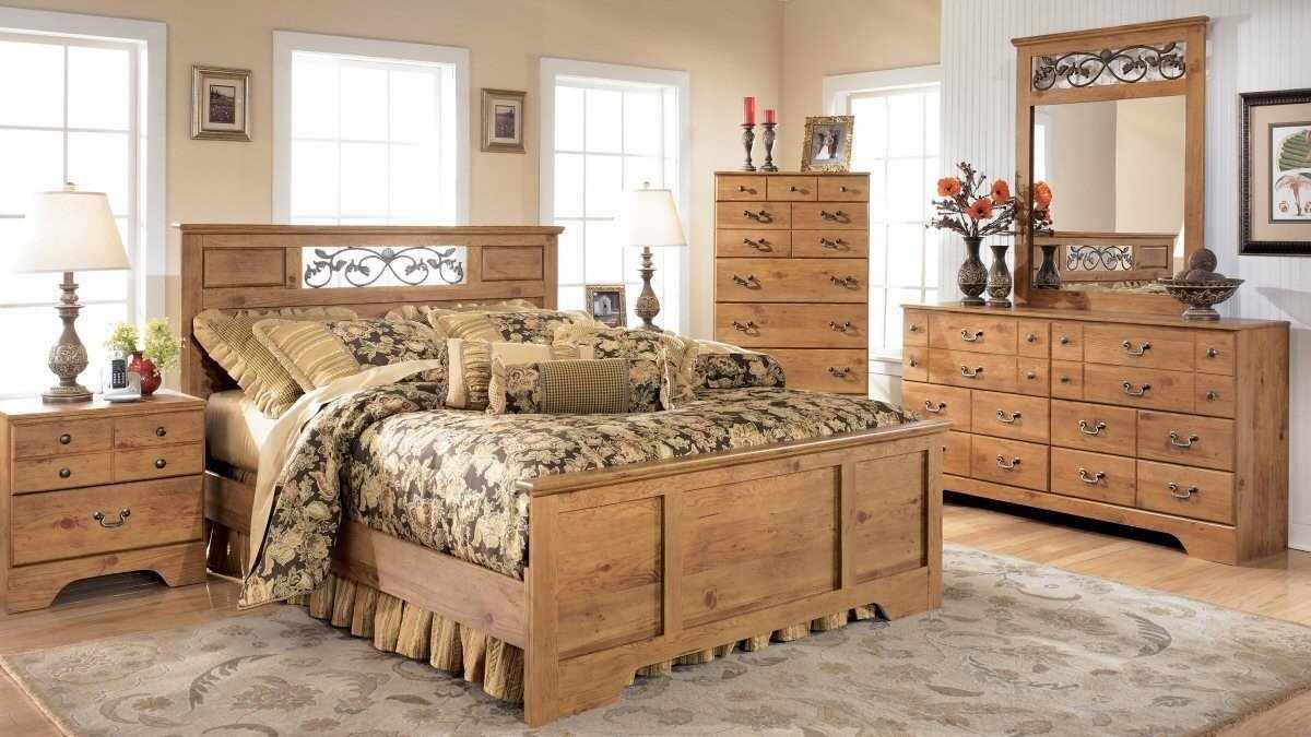 Комплект мебели в стиле Испании