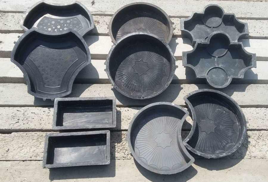 Формы для изготовления плитки