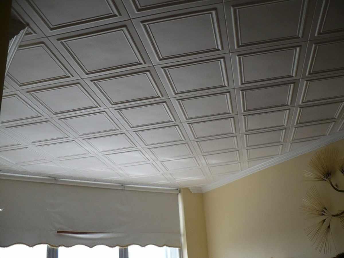 Потолочная плитка с ровными краями