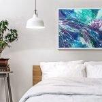 Комнатное деревце у кровати