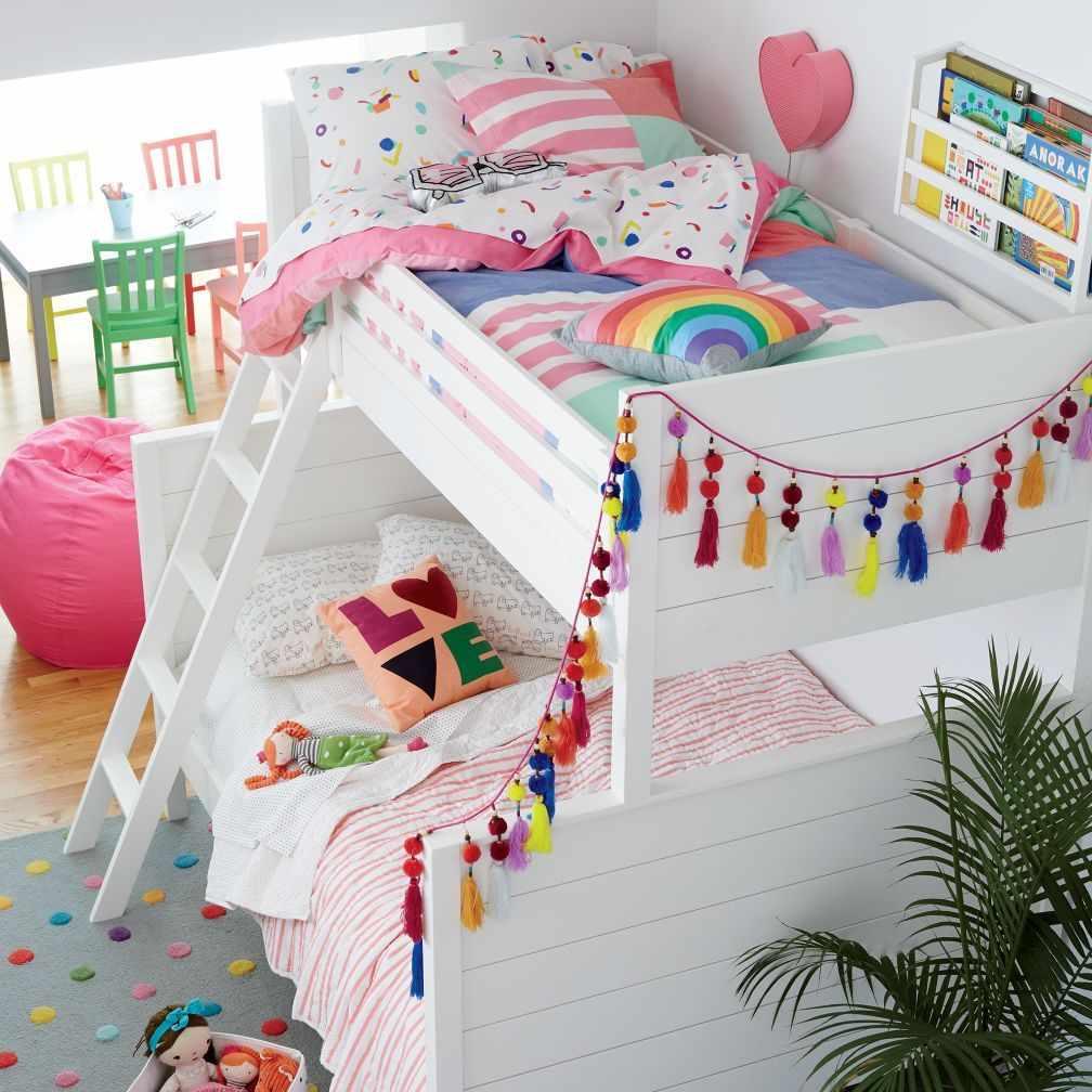 Декор двухъярусной кровати